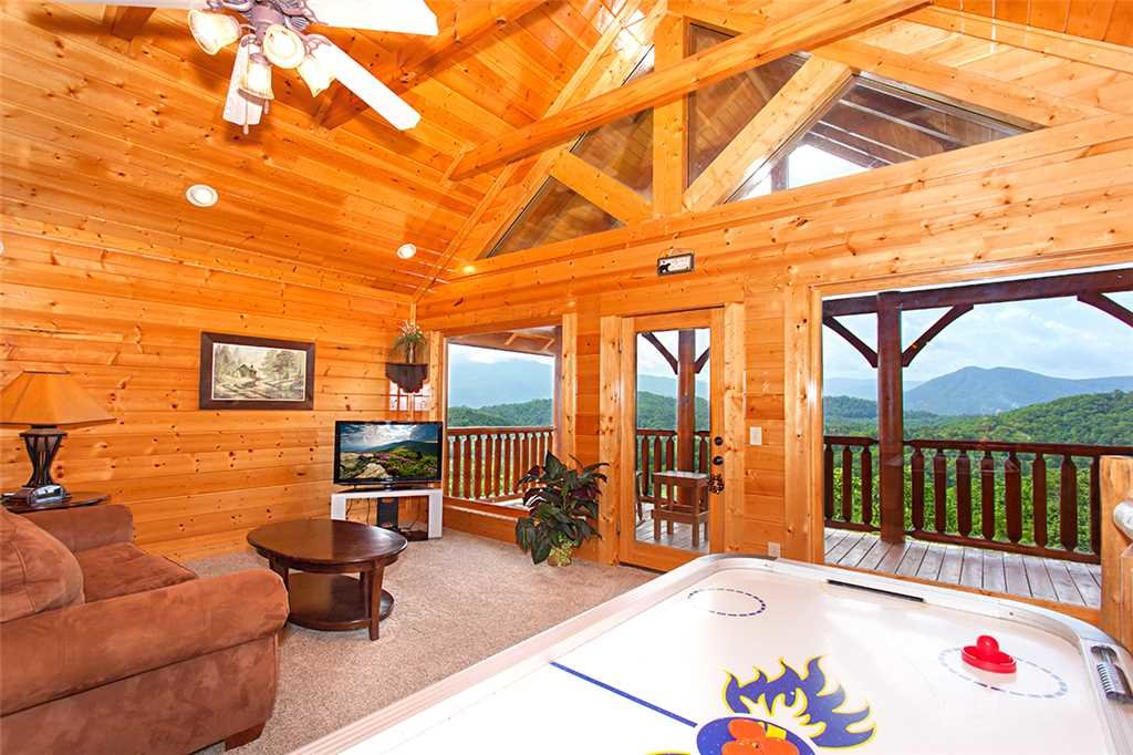 Photo of a Pigeon Forge Cabin named Majestic Sunrise - This is the tenth photo in the set.