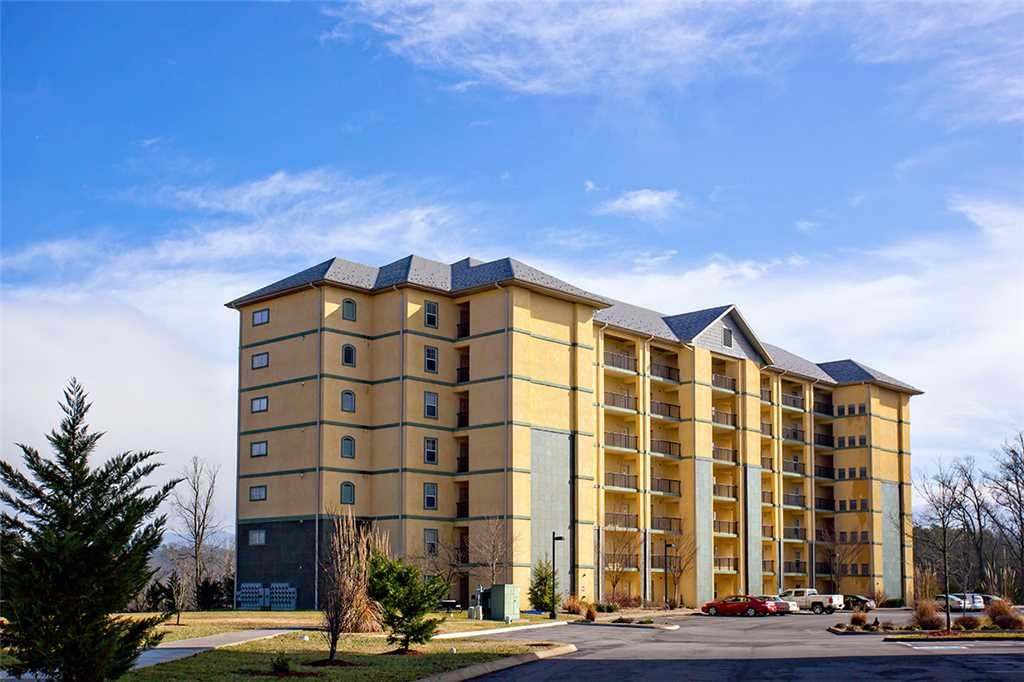Photo of a Pigeon Forge Condo named Mountain View 2102 - This is the fifteenth photo in the set.