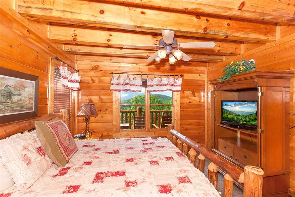 Photo of a Pigeon Forge Cabin named Majestic Sunrise - This is the thirteenth photo in the set.