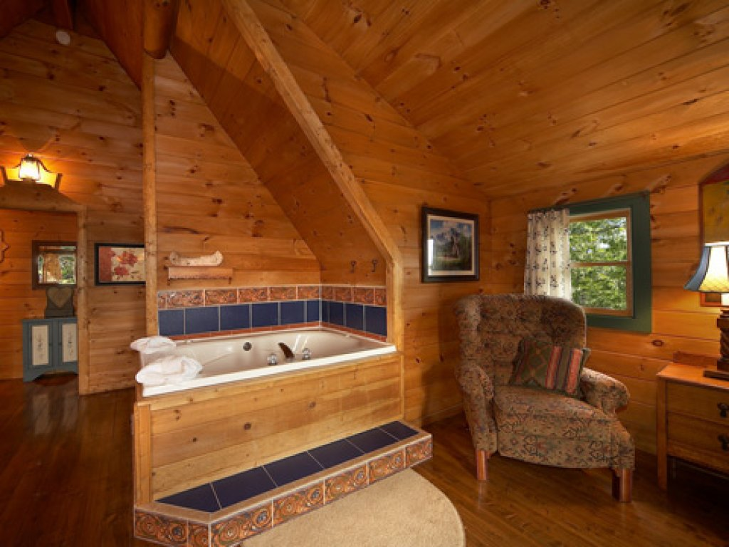Photo of a Pigeon Forge Cabin named Merry Weather - This is the sixth photo in the set.