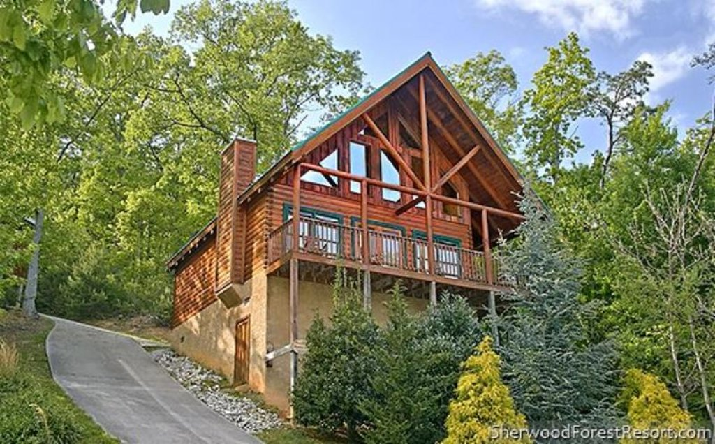 Photo of a Pigeon Forge Cabin named Heaven's Scent - This is the first photo in the set.