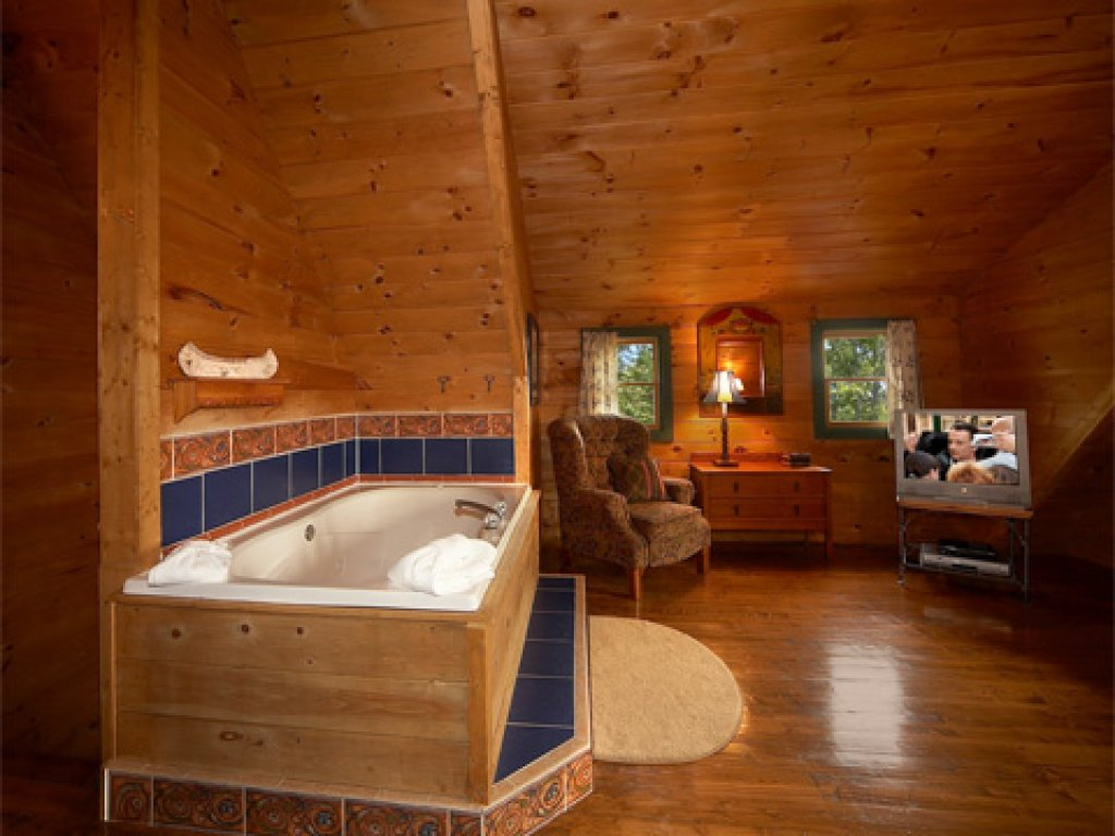 Photo of a Pigeon Forge Cabin named Merry Weather - This is the fifth photo in the set.