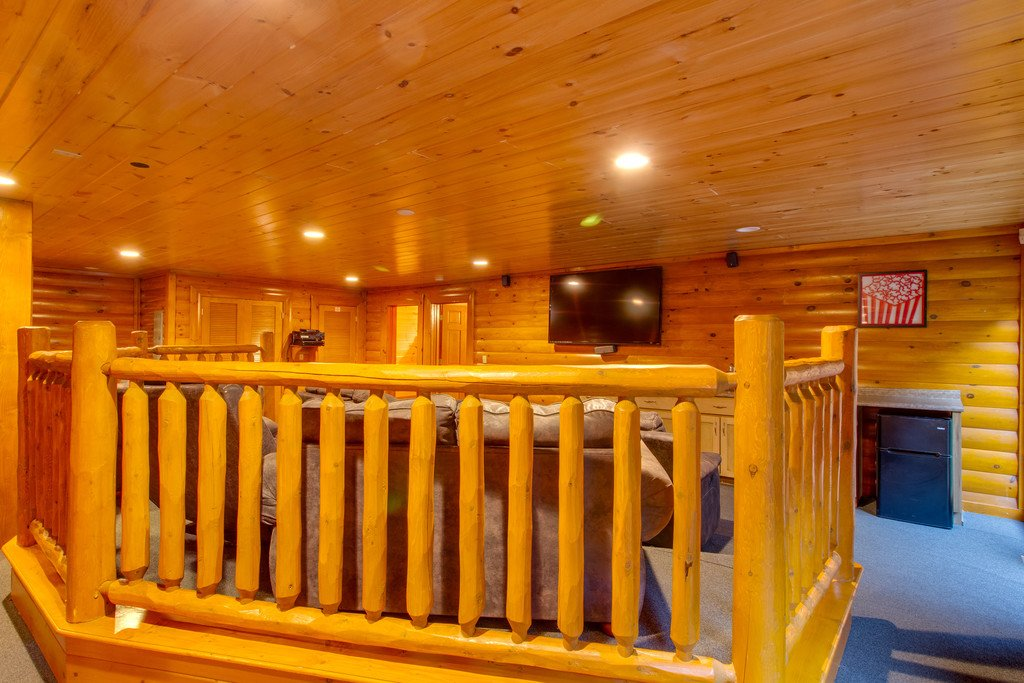 Photo of a Pigeon Forge Cabin named Rustic Cinema Lodge - This is the thirteenth photo in the set.