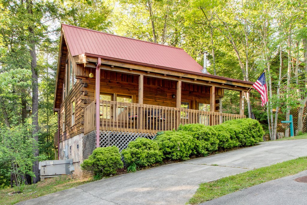 Photo of a Gatlinburg Cabin named Old Glory - This is the eighteenth photo in the set.