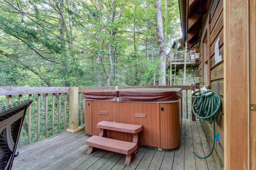 Photo of a Gatlinburg Cabin named Old Glory - This is the sixteenth photo in the set.