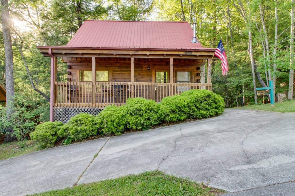 Photo of a Gatlinburg Cabin named Old Glory - This is the nineteenth photo in the set.