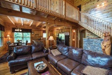 Triple Mountain View, 3 Bedrooms, Hot Tub, Arcade, Free Wifi, Sleeps 10