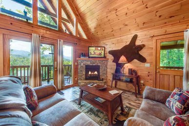 Whisper Mountain, 2 Bedrooms, Hot Tub, Mountain Views, Pets, Wifi, Sleeps 6