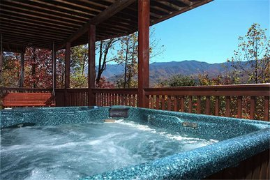 On Eagle's Wings, 2 Bedrooms, Hot Tub, Theater, Pool Access, Sleeps 8