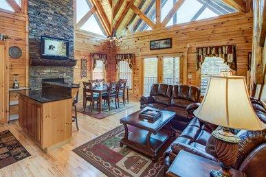 Smoky Ridge View, 3 Bedrooms, Views, Gaming, Hot Tub, Grill, Sleeps 10