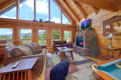 Bear Pause Ii, 3 Bedrooms, Mountain Views, Pool Access, Hot Tub, Sleeps 12