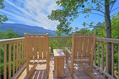 Mountain Perch, 3 Bedroom, View, Golf, Swimming, Hot Tub, Private, Sleeps 6