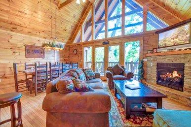 Chimney Top Overlook, 4 Bedrooms, Pool Access, Arcade, Wifi, Sleeps 14