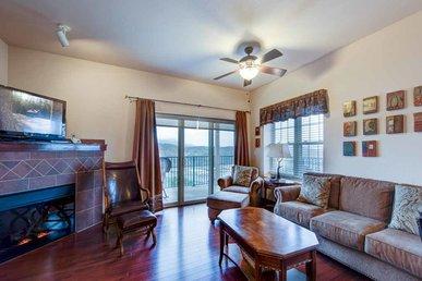 Pinnacle Condo, 2 Bedrooms, Mountain View, Indoor Pool, Wifi, Sleeps 4