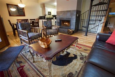 Gatlinburg Village 505, 3 Bedroom, Wifi, Pool Access, Sleeps 6