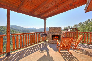 Spacious cabin with great views and private decks is perfect family getaway