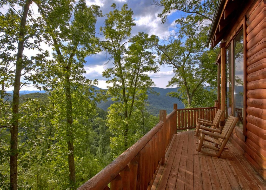 Photo of a Pigeon Forge Cabin named Whispers #43 - This is the first photo in the set.