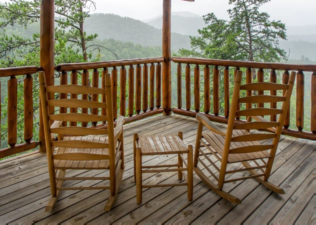 Photo of a Pigeon Forge Cabin named Lost Texan #50 - This is the nineteenth photo in the set.