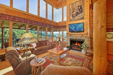 Spacious cabin with great views perfect for family mountain vacation