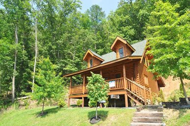 Pet-Friendly Cabin for relaxing getaway includes Free Tickets to Shows & Activities