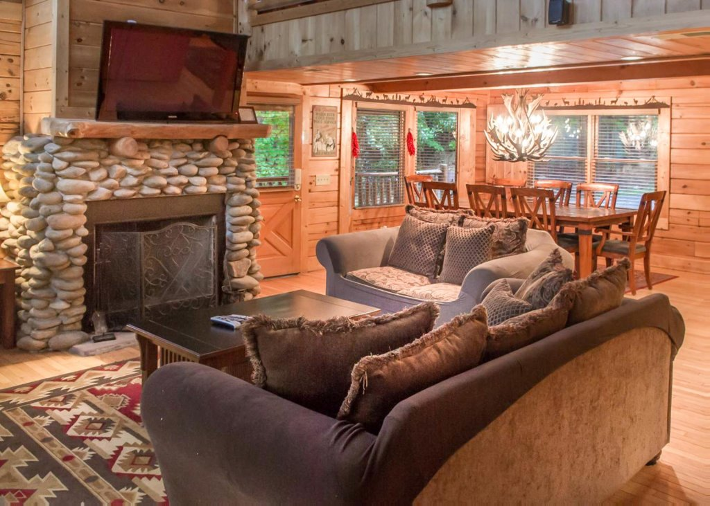 Photo of a Pigeon Forge Cabin named Lost Texan #50 - This is the sixth photo in the set.