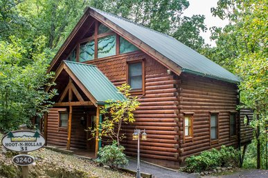 Pet Friendly Log cabin perfect for family trip to the Smokies