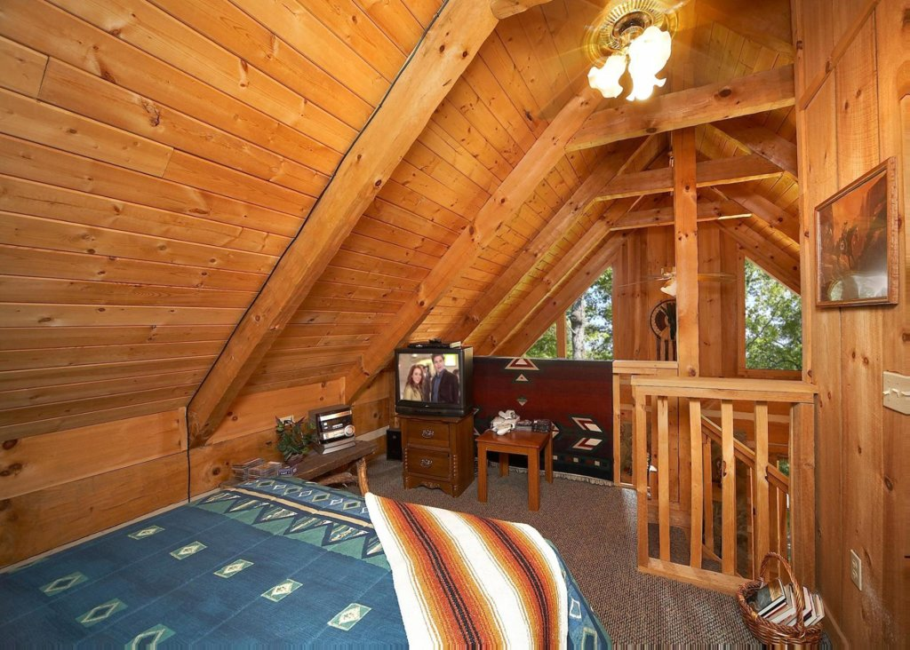 Photo of a Gatlinburg Chalet named Sequoyah - This is the ninth photo in the set.