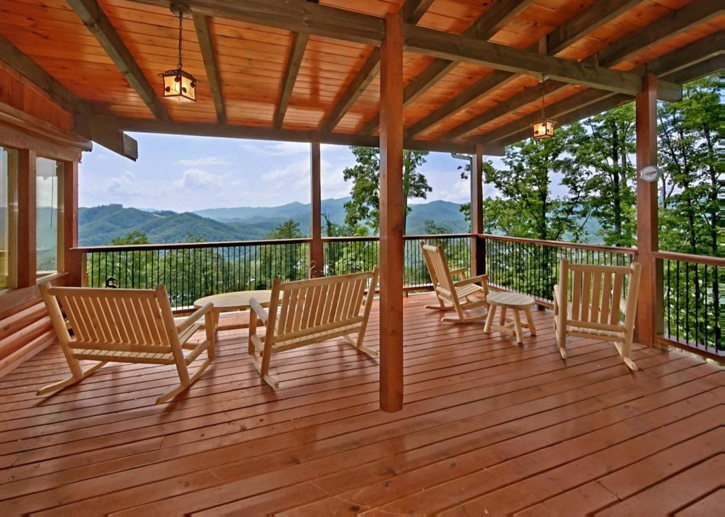Photo of a Pigeon Forge Cabin named Summit Oasis #76 - This is the first photo in the set.