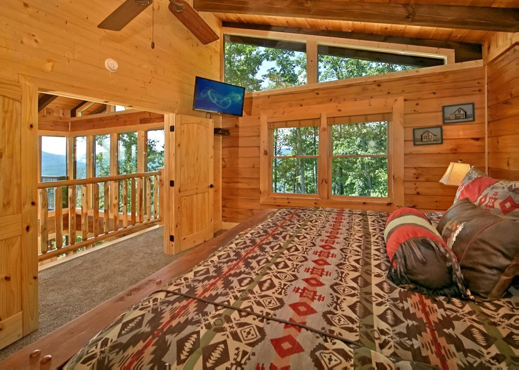 Photo of a Pigeon Forge Cabin named Summit Oasis #76 - This is the ninth photo in the set.