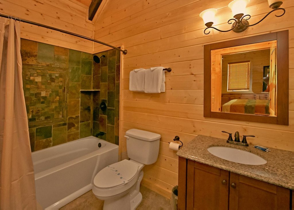 Photo of a Pigeon Forge Cabin named Summit Oasis #76 - This is the tenth photo in the set.