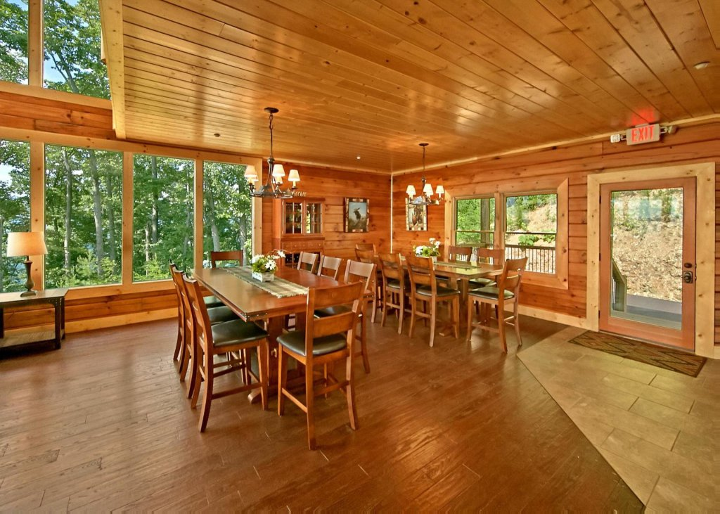 Photo of a Pigeon Forge Cabin named Summit Oasis #76 - This is the fourth photo in the set.