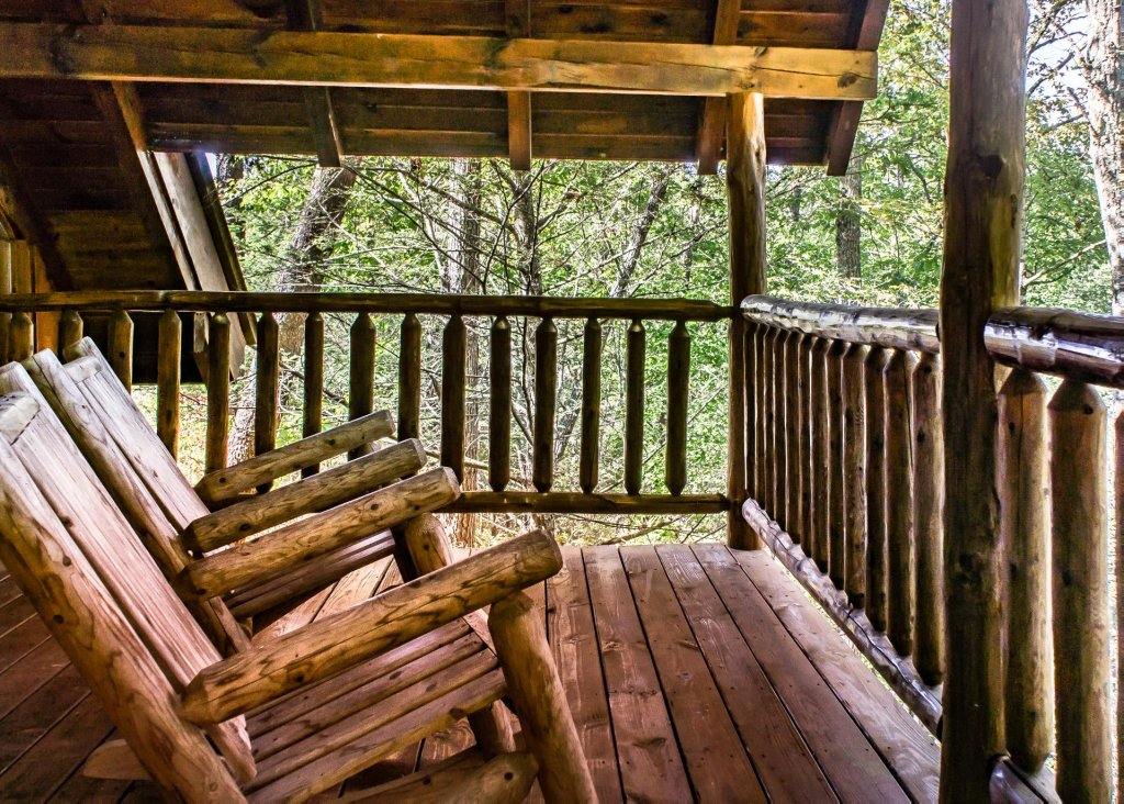 Photo of a Pigeon Forge Cabin named Simply Charming #9 - This is the second photo in the set.