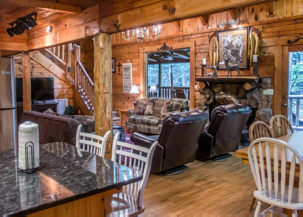 Photo of a Pigeon Forge Cabin named Mountain Music #19 - This is the sixth photo in the set.