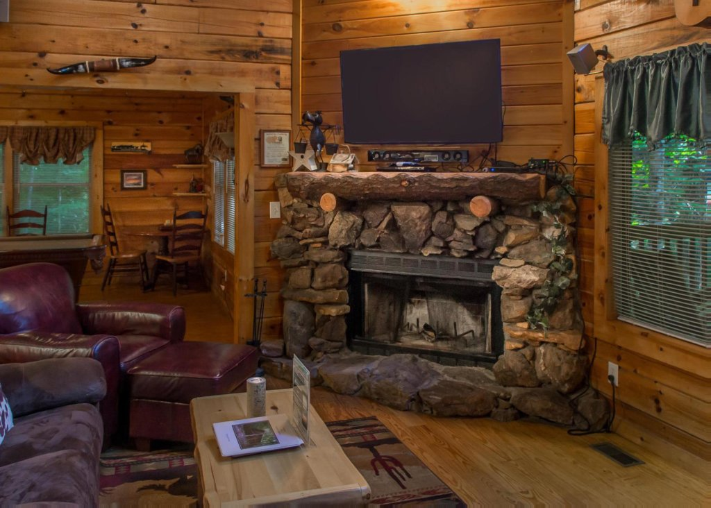 Photo of a Pigeon Forge Cabin named A Rustic Elegance #4 - This is the sixth photo in the set.