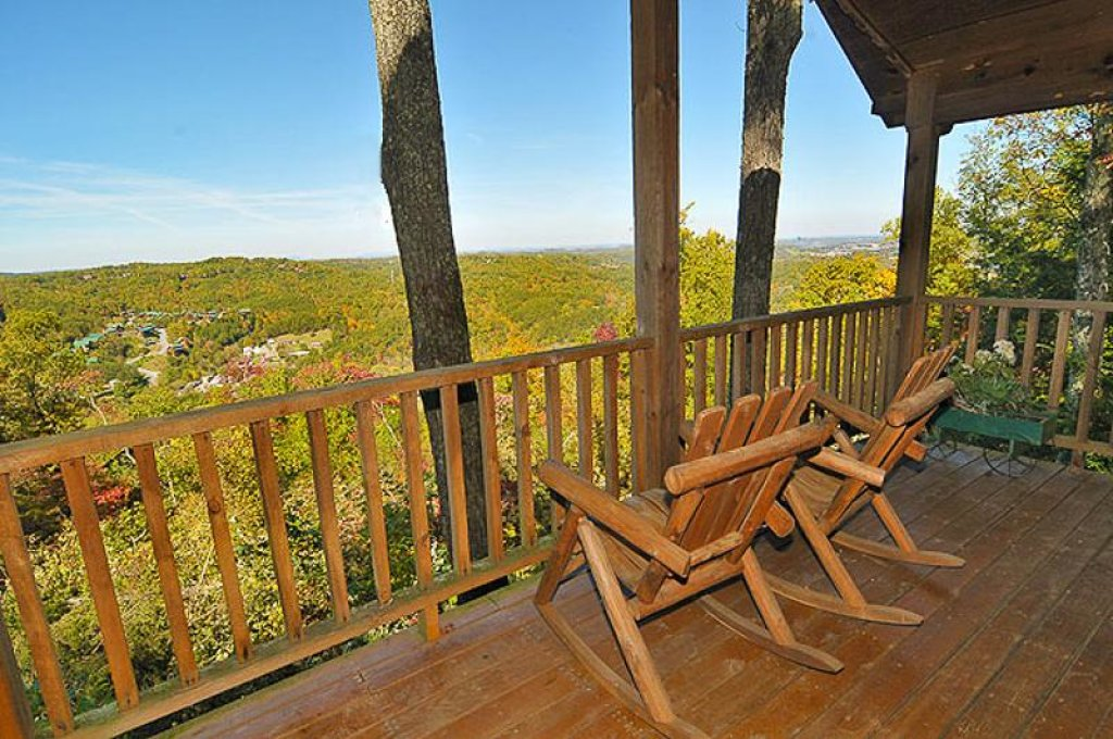 Photo of a Pigeon Forge Chalet named All About Romance - This is the twelfth photo in the set.