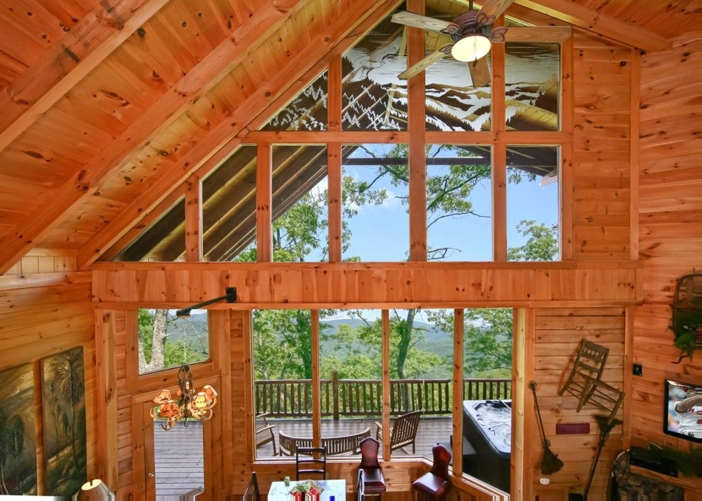 Photo of a Pigeon Forge Cabin named Livin The Dream #44 - This is the eighth photo in the set.