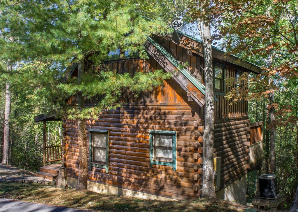 Photo of a Pigeon Forge Cabin named Simply Charming #9 - This is the twenty-second photo in the set.