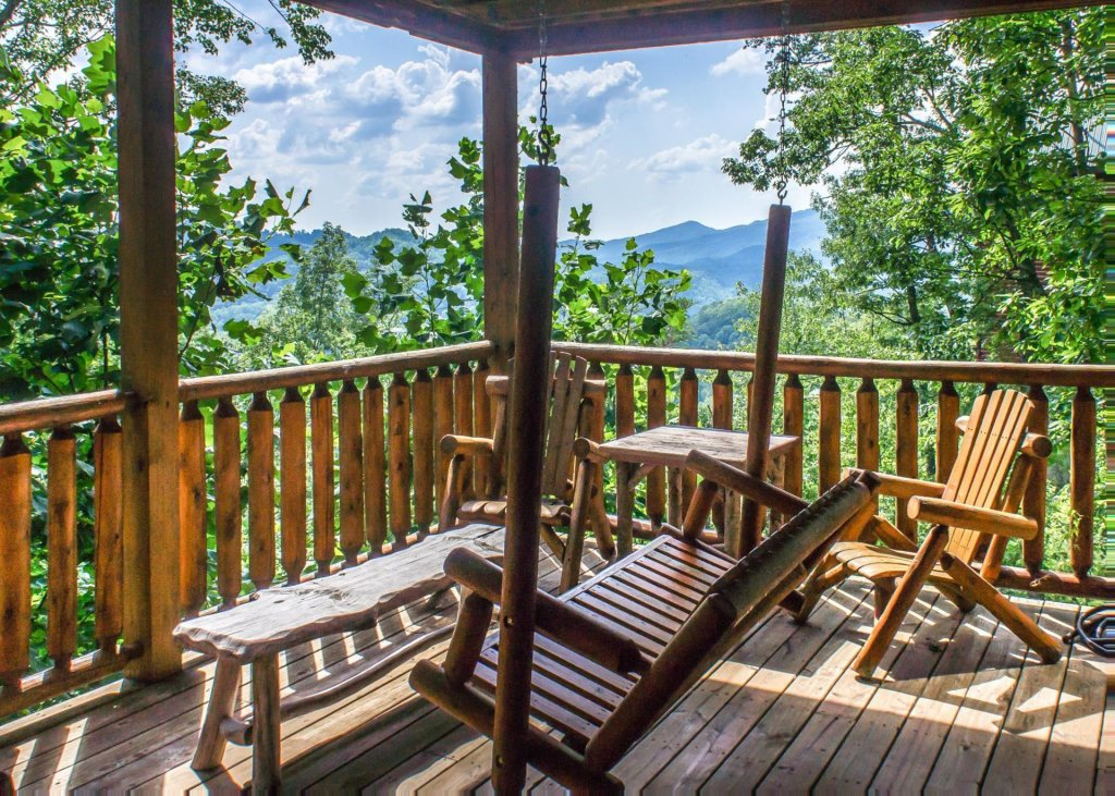 Photo of a Pigeon Forge Cabin named Scenic Serenity #75 - This is the thirteenth photo in the set.