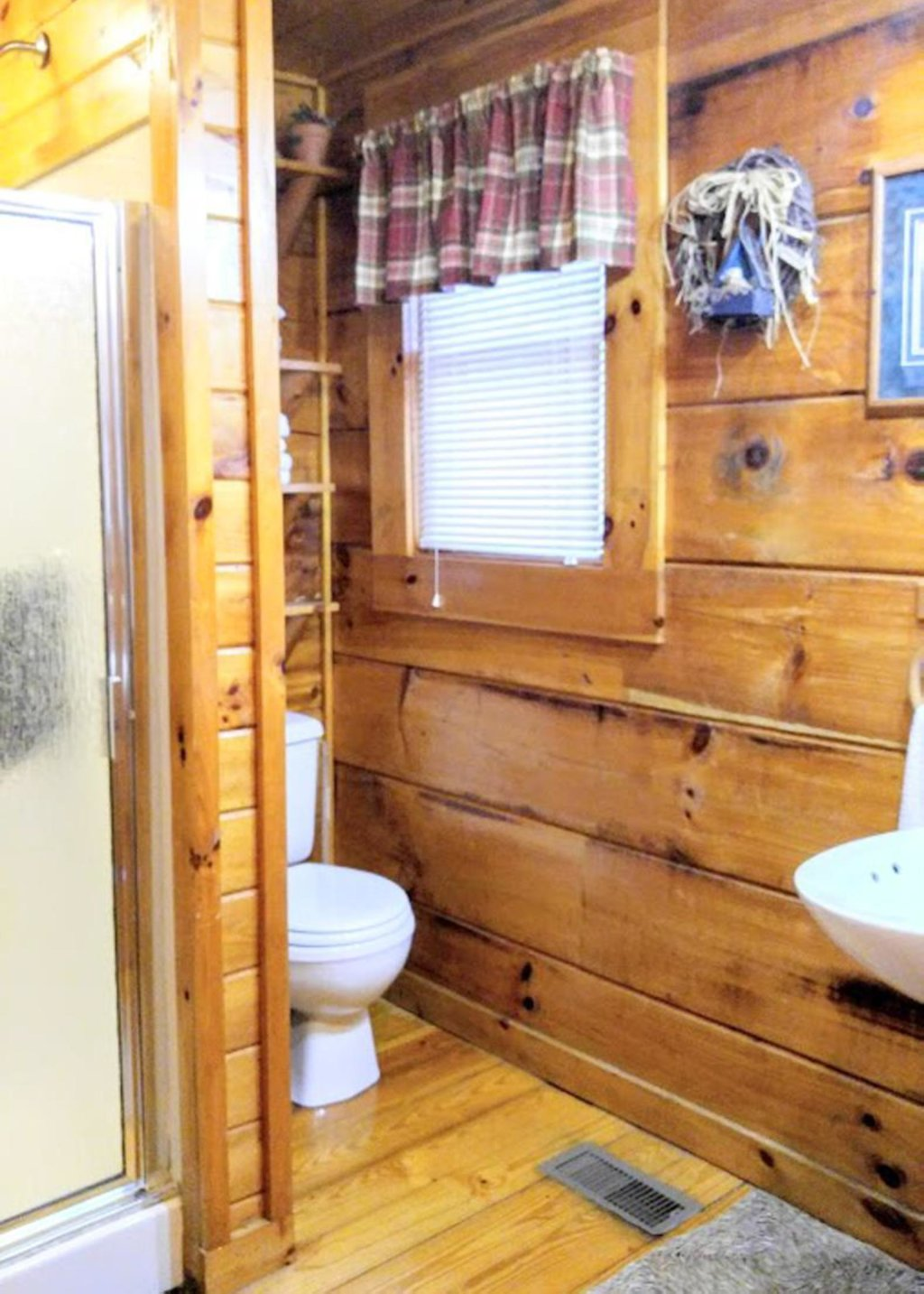 Photo of a Pigeon Forge Cabin named Simply Cozy #11 - This is the nineteenth photo in the set.