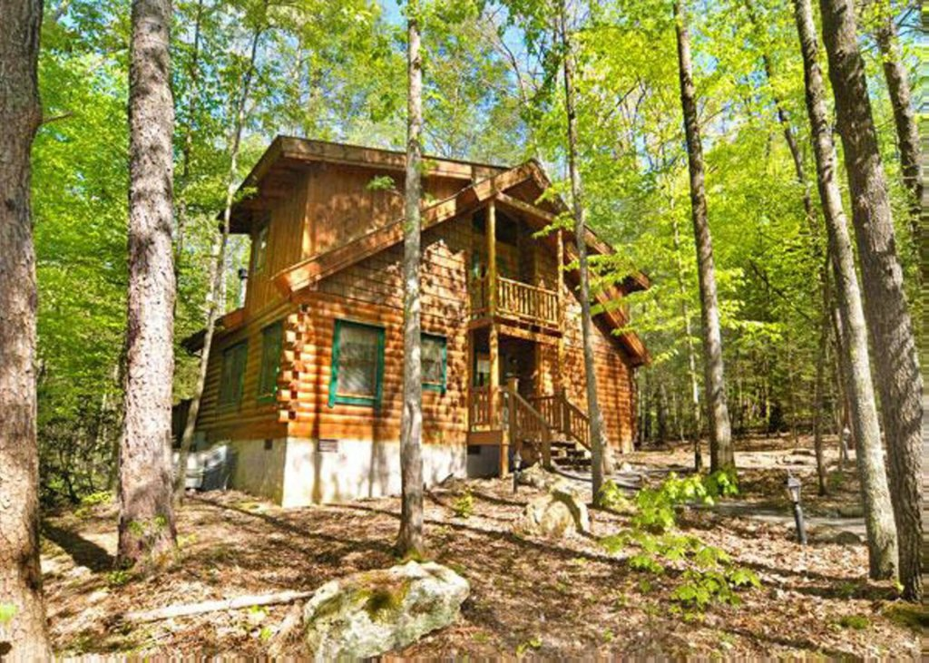 Photo of a Pigeon Forge Cabin named Hook's Haven #2 - This is the first photo in the set.