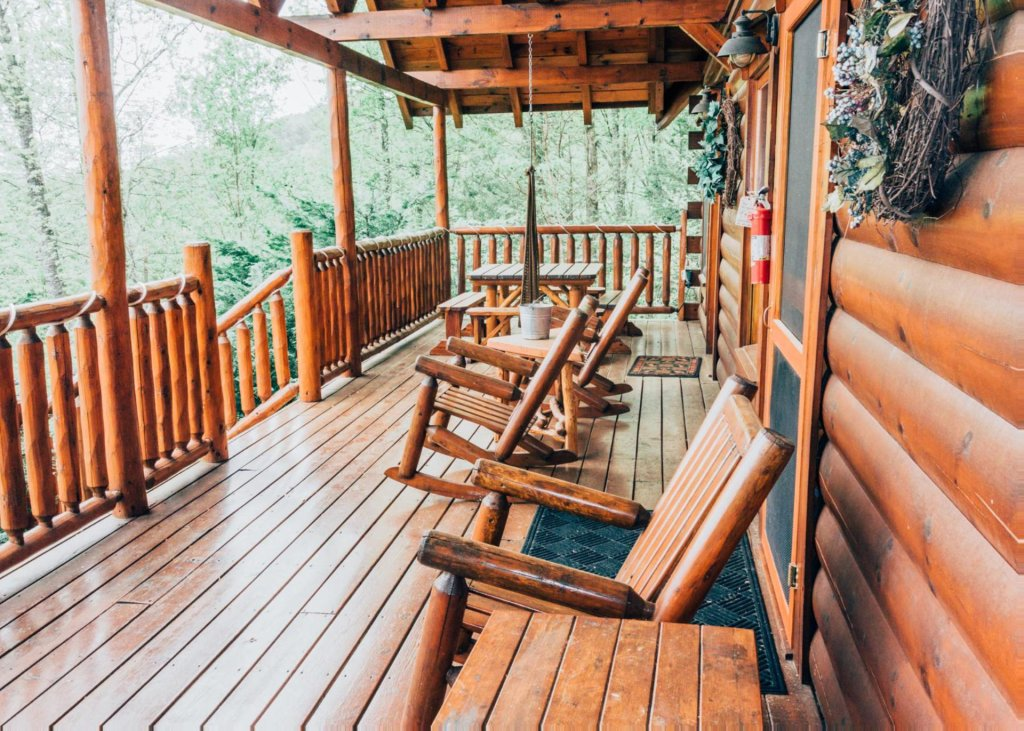 Photo of a Pigeon Forge Cabin named Heaven's View #20 - This is the seventeenth photo in the set.