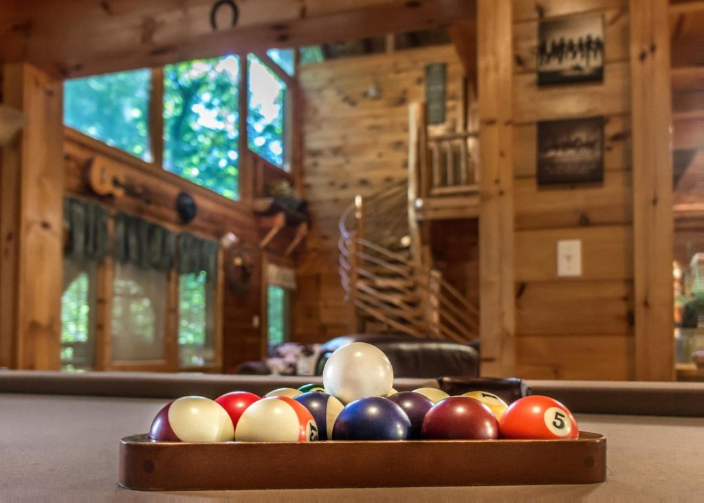 Photo of a Pigeon Forge Cabin named A Rustic Elegance #4 - This is the eighth photo in the set.