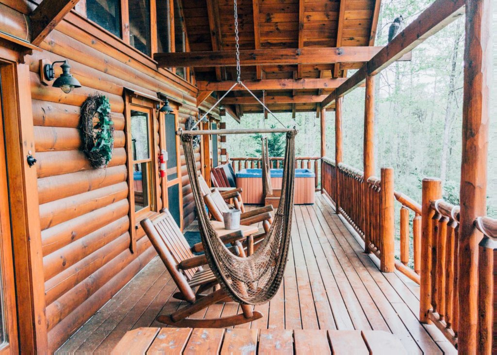 Photo of a Pigeon Forge Cabin named Heaven's View #20 - This is the fourteenth photo in the set.