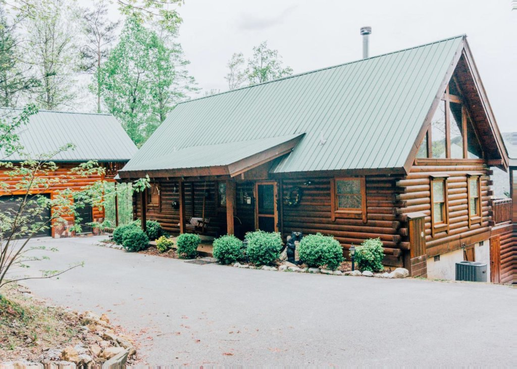 Photo of a Pigeon Forge Cabin named Heaven's View #20 - This is the first photo in the set.