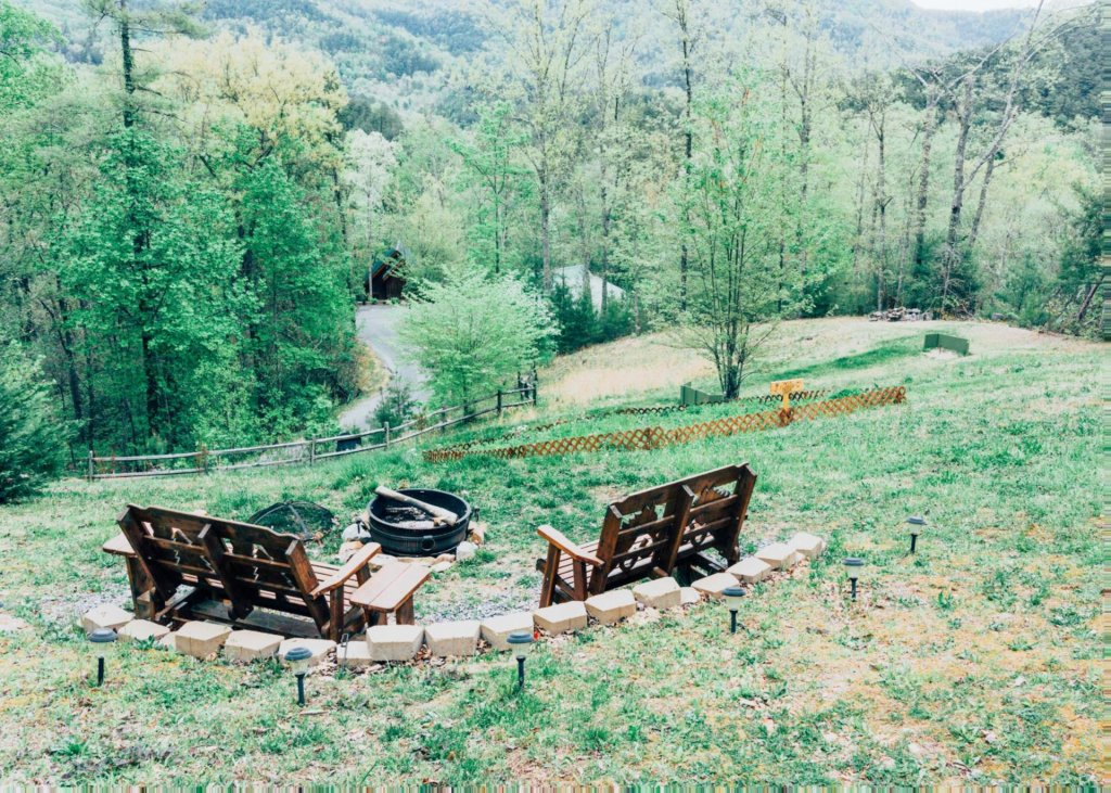 Photo of a Pigeon Forge Cabin named Heaven's View #20 - This is the twentieth photo in the set.