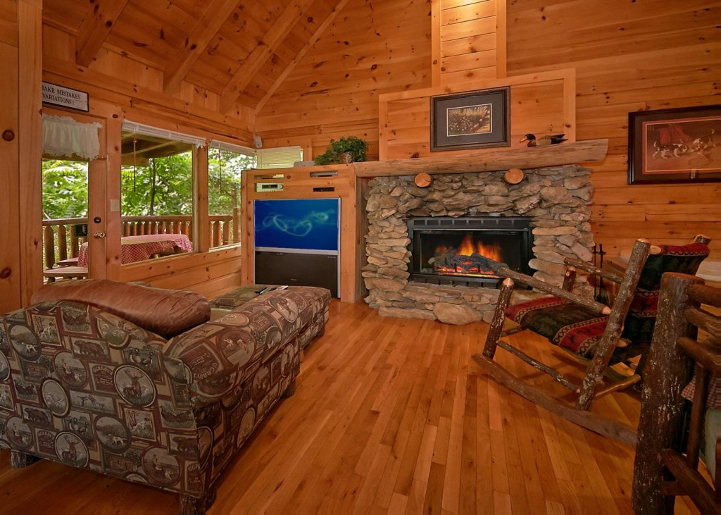 Photo of a Pigeon Forge Cabin named Majestic View B #42b - This is the third photo in the set.