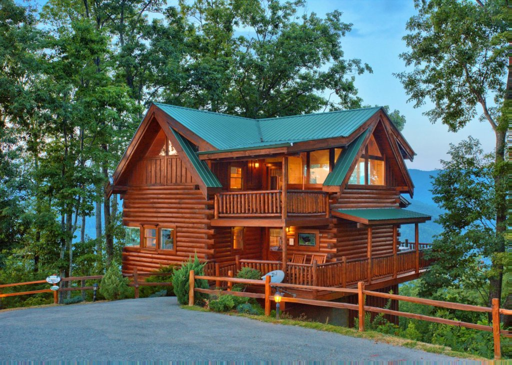 Photo of a Pigeon Forge Cabin named Simply Breathtaking #36 - This is the thirteenth photo in the set.