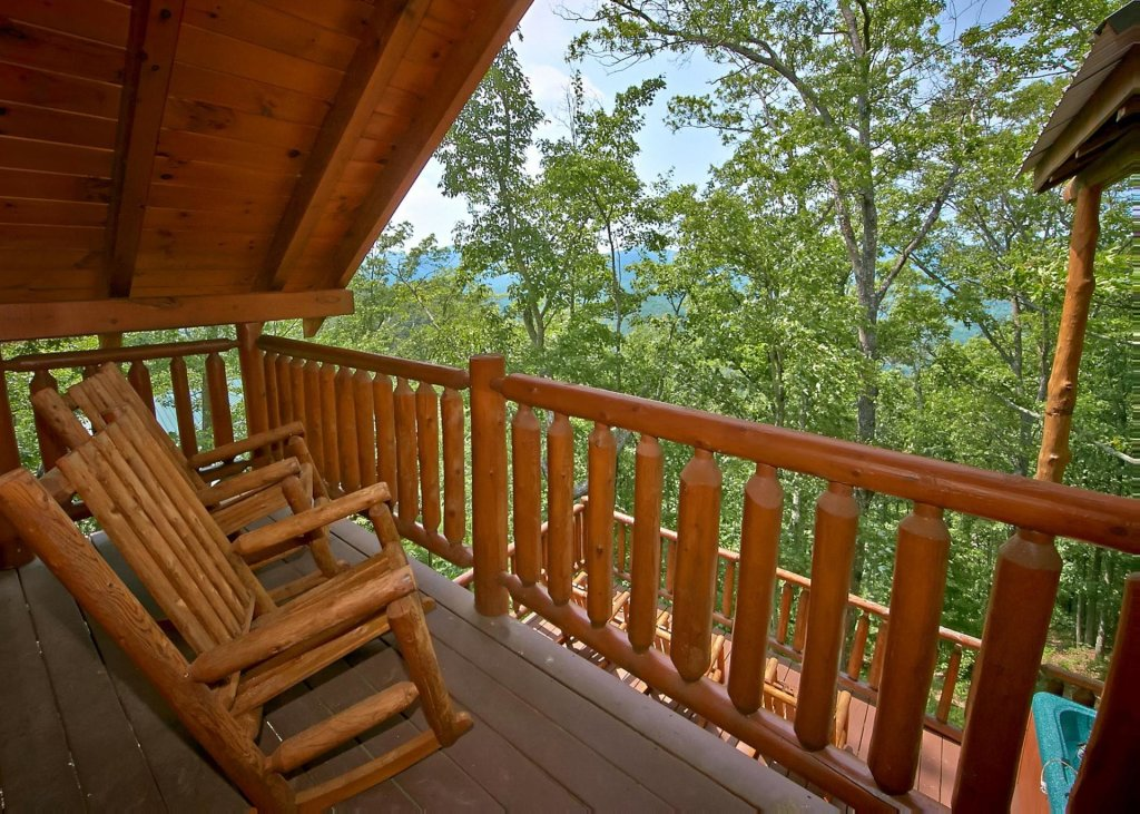 Photo of a Pigeon Forge Cabin named Majestic View A #42a - This is the twenty-second photo in the set.