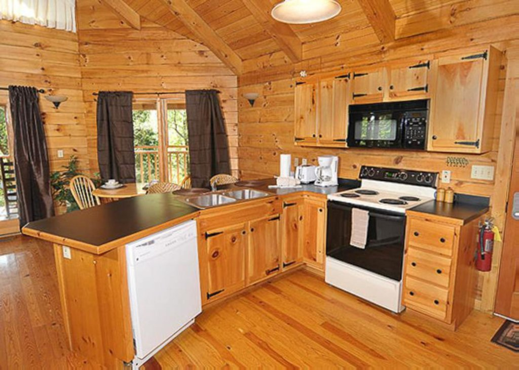 Photo of a Sevierville Cabin named A Cat's Meow - This is the sixth photo in the set.