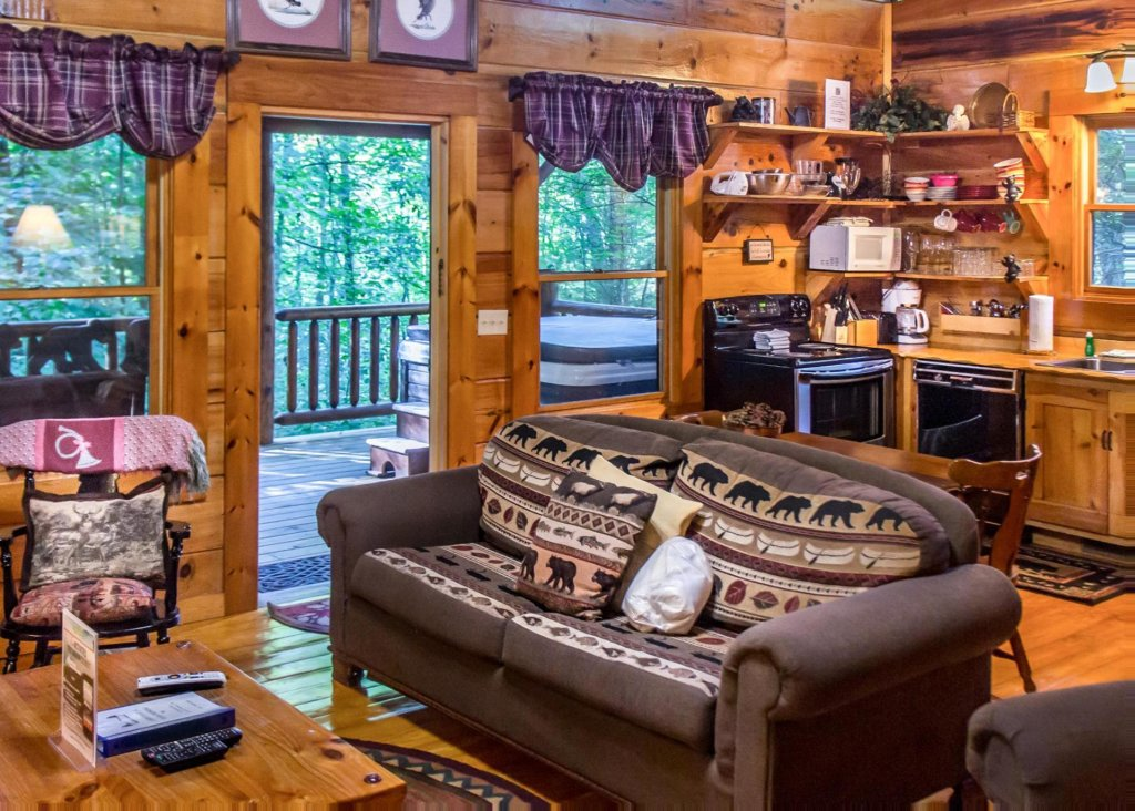 Photo of a Pigeon Forge Cabin named Bear Crossing #6 - This is the seventh photo in the set.